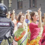 Report from Russia: Authorities Drop Charges Against Chanting Parties in Moscow